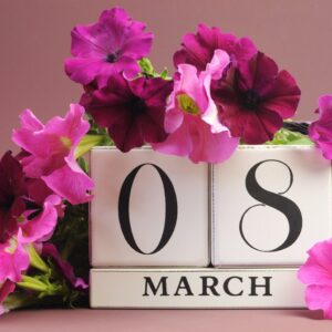 INTERNATIONAL WOMEN'S DAY FLOWERS AND GIFTS