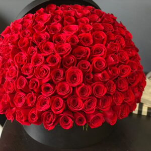 150 RED ROSES IN A BOX amman jordan