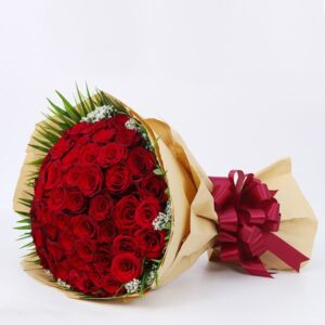 50 Red Roses-You can also coordinate with it the best types of chocolate, such as Patchi or Ferrero Rocher As for balloons, this is a very beautiful thing, especially if it is a gift for someone you love
